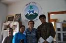 Consegna fondi a Lhak-sam